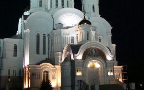 Преображенский собор ночью. Дивеево