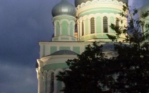 Троицкий Собор ночью. удивительно красивая подсветка