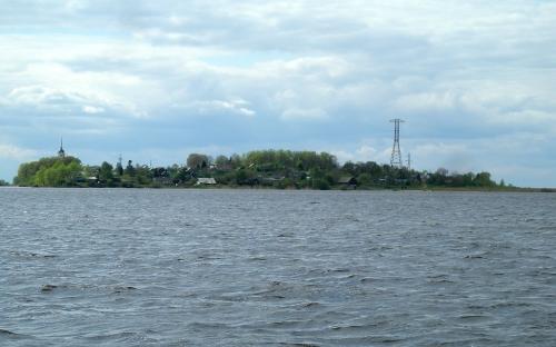 Остров Залит находится в Псковском озере. Здесь 44 года служил батюшка