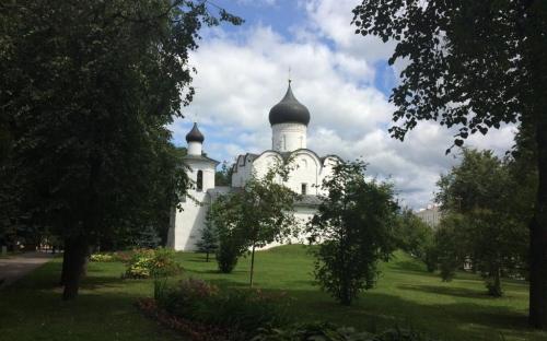 Храм Василия Великого на горке