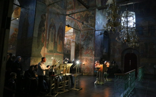 Экскурсия в Кириллов. Служба в Успенском соборе монастыря