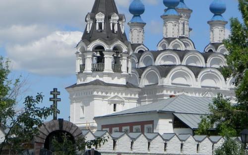Муром. Троицкий монастырь и колокольня