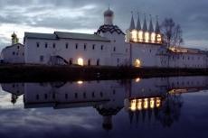 Звонница Тихвинского монастыря