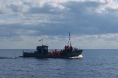 Плывем на Залит