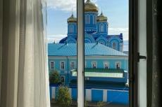 Вид на монастырь из окна гостиницы